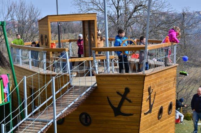 Pirate Ship Feleacu Portofolio Dupex P1