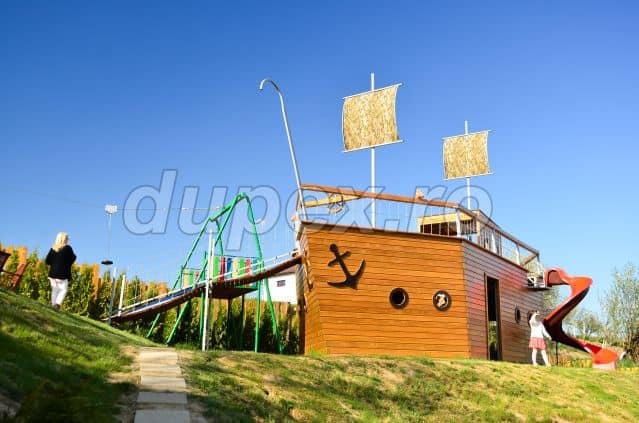 Pirate Ship Feleacu Portofolio Dupex P2